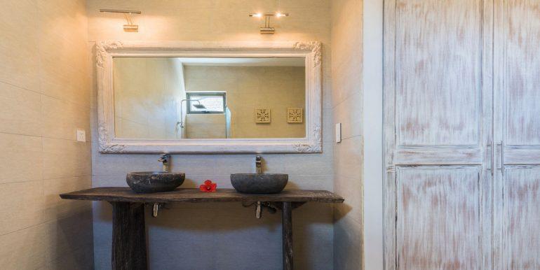 Komaneka-Bathroom-1