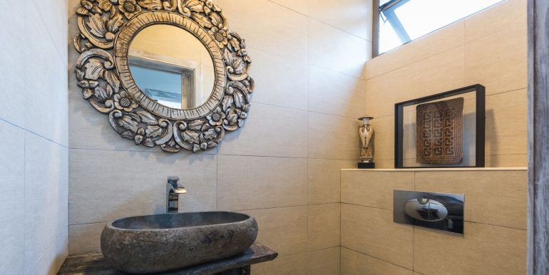 Komaneka-Bathroom-4
