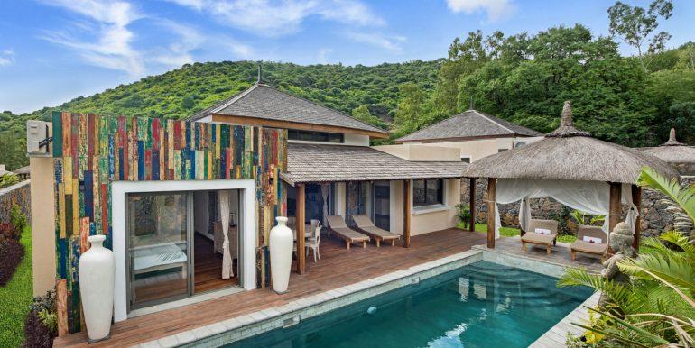 Komaneka-Pool-House-Terrace