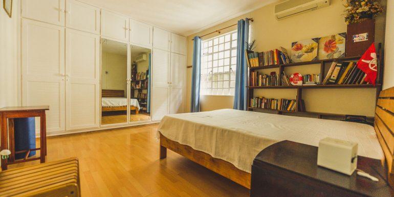 16 Studio Bedroom